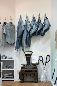 vaqueros visual merchandising 13
