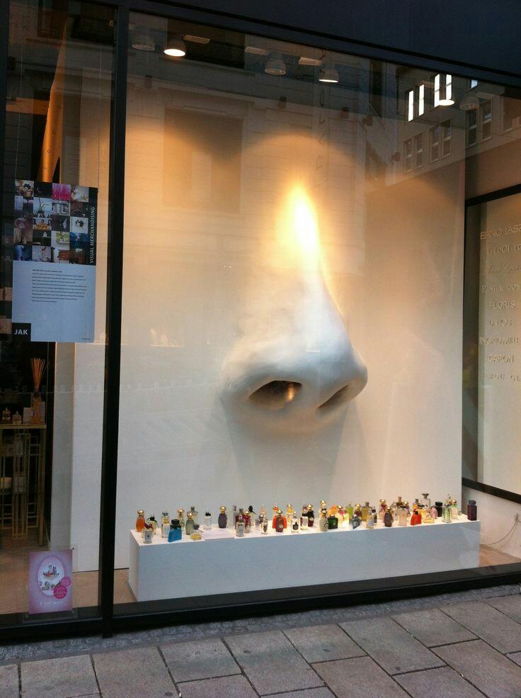 Otro escaparate conceptual para perfumes
